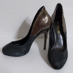 Aldo (9) Suede Metallic Heel Hidden Platform Pumps